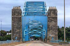 Mckees Rocks Bridge - Head On View Pittsburgh Bridges, Pittsburgh Skyline, Pittsburgh Pa, Best Places To Live, Great Places, Road Construction, Ohio River, George Washington Bridge, Covered Bridges