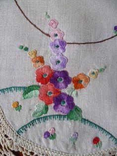 Deco Hollyhocks ~ Vintage Hand Embroidered Centrepiece~Crochet edge | eBay
