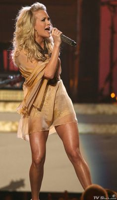 carrie underwood | Carrie Underwood Replacing Faith Hill on Sunday Night Football