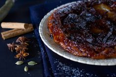 Apple tarte Tatin, a caramelised apple and pastry delight! » cake crumbs & beach sand