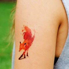 40 Impossibly Beautiful Water Color Tattoo Designs | http://www.barneyfrank.net/impossibly-beautiful-water-color-tattoo-designs/