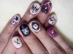 Most amazing Halloween nails I've ever laid eyes on. <3 <3 <3