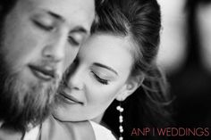 Oregon Wedding Photographer: eugene wedding photographer, rural wedding, outdoor wedding, bride and groom ideas, bride and groom poses, Anne Nunn Photographers