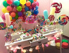 Erika Cool Party's Birthday / Candys - Mili's Sweet Shop at Catch My Party Candy Theme Birthday Party, Sleepover Birthday Parties, Candy Party, Birthday Fun, Birthday Decorations, Anniversaire Candy Land, Zeina, Diy, Balloons