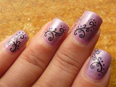 NailArt and Things: Holo Hestia+ Curvy Indian Nail Art