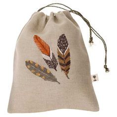 FINAL SALE Our brown feather group is now featured on a gift bag! The Feathers gift bag is a creative way to wrap your next gift! Pairs perfectly with the crossed arrows wine bag. Embroidered on natural linen. Hand Embroidery Patterns, Beaded Embroidery, Cross Stitch Embroidery, Machine Embroidery, Embroidery Designs, Textiles, Embroidered Gifts, Small Gift Bags, Embroidery Fashion