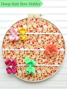 Learn+how+to+make+this+easy+and+inexpensive+hair+bow+holder+using+a+large+embroidery+hoop.++Perfect+for+a+little+girls+room. [media_id:622531] MATERIALS:  Large…