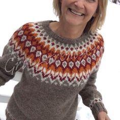 Min siste#riddari. Var litt usikker på den oransje fargen en stund, men ikke nå lenger 😊#strikkedilla #islandsgenser #islandskstrikk… Fair Isle Knitting Patterns, Knitting Designs, Knit Patterns, Double Knitting, Baby Knitting, Fair Isle Pullover, Icelandic Sweaters, Knit Basket, Pulls