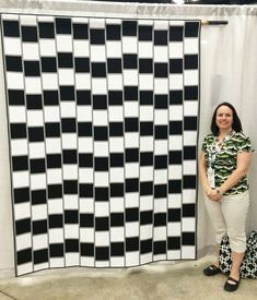 Illusions Pattern Now Available in Modern Quilts Unlimited. Inspiration for a crochet project. Optical Illusion Quilts, Cool Optical Illusions, Bargello Quilts, 3d Quilts, Black And White Quilts, Contemporary Quilts, Quilt Modern, White Prints, Mini Quilts