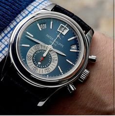 Classy watch ⌚ platinum made patek phillipe