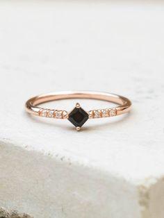 Diamond Shaped Ring - Rose Gold + Black