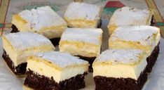 A világ legfinomabb túrós sütije, mire megiszod a kávéd, meg is sül! Hungarian Desserts, Hungarian Recipes, Sweet Desserts, Healthy Desserts, Torte Recepti, Cake Recipes, Dessert Recipes, Pan Integral, Sweet Pastries