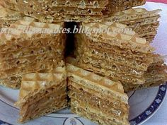 Sweets Recipes, Cake Recipes, Cooking Recipes, Mini Desserts, Sweet Desserts, Cream Cheese Flan, Ukrainian Recipes, Romanian Recipes, Waffle Cake