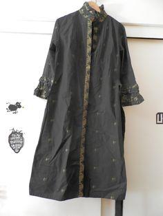Vestido retro de la marca Almatrici. 24,90 + gastos de envío.
