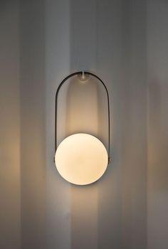 upcycle id es lampe murale design Luminaire Mural, Deco Luminaire, Luminaire Design, Interior Lighting, Home Lighting, Modern Lighting, Lighting Design, Industrial Lighting, Lighting Stores