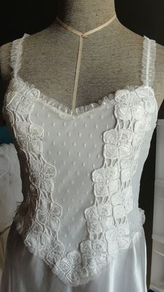 Vintage lingerie peignoir set by Flora in ivory by SummersBreeze, $64.00