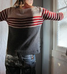 pure Stockinette Stitch pleasure aaaaand…. stripes! (the love affair goes on and on….) this is nothing fancy! easy to knit: topdown easy to wear: flattering boat neck and enough ease a...