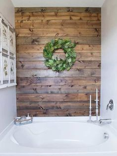6 DIY ideas to upgrade the bathroom (wood accent wall)