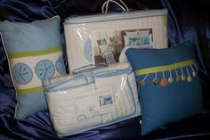 COASTAL COLLECTION 5PC FULL/QUEEN QUILT, 2 SHAMS, 2 PILLOWS BLUE SANDDOLLARS $199.99 with Free Shipping
