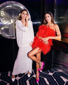 Looks Street Style, Street Style Women, Night Outfits, Fashion Outfits, Gilda Ambrosio, Outfits Fiesta, Queen Fashion, Silky Dress, Fashion Couple