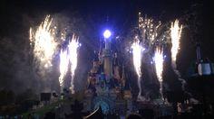 Disney dreams fantastische licht en vuurwerkshow als het park sluit