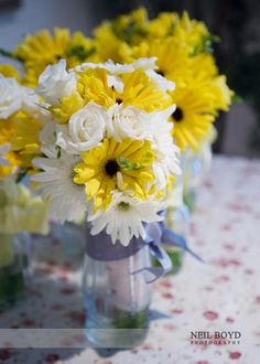 Yellow wedding flowers - easy DIY table vases with ivory roses and chrysanthemums, yellow gerbera