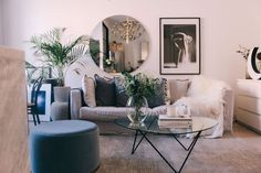 Living Room Decoration Ideas For The Black And White Lovers – Home Decor Crew Interior Design Living Room, Living Room Designs, Living Room Decor, Living Spaces, Interior Decorating, Living Room Inspiration, Apartment Living, Decoration, Home Decor