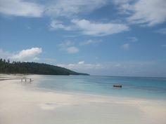 Pantai Maratua, Kalimantan Timur, Indonesia