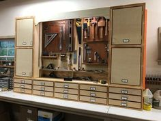 Finding Woodworking Patterns for All Your DIY Woodworking Projects - Easy Becker Diy Woodworking Woodworking Tool Cabinet, Woodworking Tools For Sale, Essential Woodworking Tools, Woodworking Workbench, Woodworking Projects Diy, Woodworking Furniture, Intarsia Woodworking, Woodworking Equipment, Woodworking Machinery