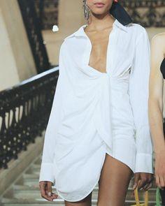 Fashion Gone rouge Daily Fashion, Fashion Week, Runway Fashion, High Fashion, Fashion Outfits, Paris Fashion, Classic Fashion, Fashion Killa, Fashion Addict
