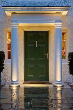 Ideas Exterior Lighting Design Columns For 2019 Entrance Lighting, Facade Lighting, Exterior Lighting, Lighting Design, Luxury Lighting, House With Porch, House Front, Door Design, Exterior Design