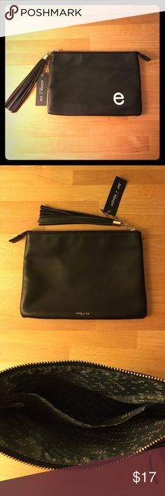 "Olivia + Joy clutch tote cosmetic bag NWT black zippered bag with tassel. Approx 10"" x 7"" Olivia + Joy Bags Cosmetic Bags & Cases"