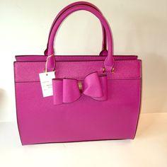 Pink bow handbag Vegan leather magenta pink handbag 11 x 13 x 5 nwt Bags Satchels Pink Handbags, Satchels, Fashion Design, Fashion Tips, Fashion Trends, Magenta, Vegan Leather, Designer Handbags, Bow