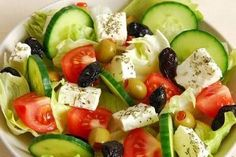 Great Greek Salad - a simple salad made of a few fresh vegetables and dressed with the best extra virgin olive oil, feta and oregano! Cucumber Avocado Salad, Spinach Strawberry Salad, Avocado Salat, Spinach Salad, Orzo Salad, Tuna Salad, Salad Bar, Baby Spinach, Avocado Toast