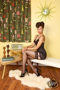 Kristina Paulk    Pin up gal from Philly!  I would love to take some pics like this!!