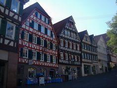 Calw im Schwarzwald, schönes Fachwerk am Marktplatz, Okt.2010