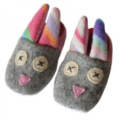 Easter basket gift ideas for kids: Handmade reclaimed wool Bunny slippers by Cate + Levi Handmade Baby Gifts, Handmade Toys, Diy Gifts, Xmas Gifts, Easter Gift Baskets, Basket Gift, Bunny Slippers, Cool Mom Picks, Sewing Baskets