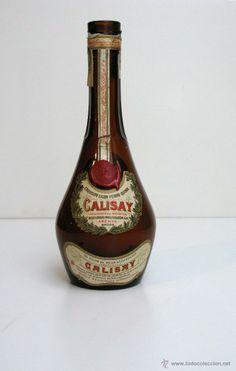 Antigua botella vacía de CALISAY.