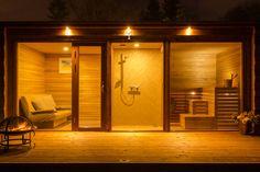 Different angle of same container sauna Diy Sauna, Sauna Ideas, Sauna Steam Room, Sauna Room, Outdoor Sauna, Jacuzzi Outdoor, Outdoor Living Furniture, Outdoor Living Rooms, Sauna Design