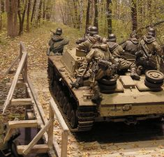 Dioramas and Vignettes: The Bridge, photo Panzer Iii, Military Action Figures, Model Tanks, Model Hobbies, Ardennes, Military Modelling, Military Diorama, German Army, Model Building