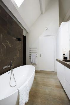 Badkamer met deuren van Bod'or by Marcel Wolterinck - Residential - Deuren: Le Trait