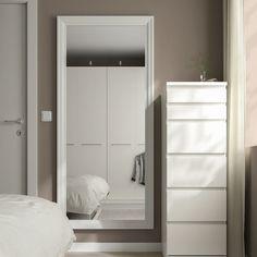 TOFTBYN Miroir, blanc, 75x165 cm - IKEA Suisse Long Mirror, Full Mirror, Big Mirror In Bedroom, Bedroom Mirrors, Full Length Mirror In Bedroom, Ikea Mirror, Ikea Family, Room Ideas Bedroom, Ikea Bedroom Decor