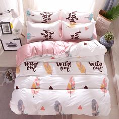 To find out about the Feather & Letter Print Sheet Set at SHEIN, part of our latest Bedding Sets ready to shop online today! Room Ideas Bedroom, Dream Bedroom, Girls Bedroom, Bedroom Decor, Bedrooms, Bedroom Dressers, Bed Sets, Sheet Sets, Comforter Sets