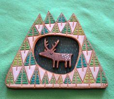 Broche ciervo por gabiReith en Etsy, £35,00