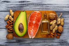 Keto isn't all bacon and cheese. You still need to focus on proper balance and nutrition, and really try to get in those healthy fats on a keto diet. Healthy Fats Foods, Fat Foods, Healthy Nutrition, Eating Healthy, 500 Calories, Omega 3, Good And Bad Fats, Keto Food Pyramid, Foods For Anxiety