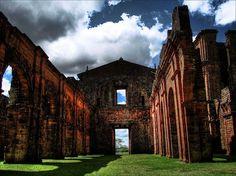 Ruínas da Catedral de São Miguel das Missões, Rio Grande do Sul. #RioGrandeDoSul #Brasil