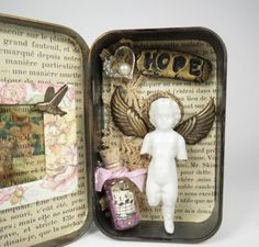 Altered Altoid Tin Assemblage Collage Hope with by ferrytalesgifts Girl Scout Badges, Girl Scout Troop, Girl Scouts, Altered Tins, Altered Art, Matchbox Crafts, Class Projects, Alters, Vintage Crochet