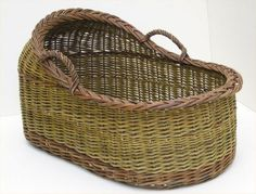 Old Baskets, Vintage Baskets, Wicker Baskets, Woven Baskets, Willow Weaving, Basket Weaving, Rattan, Traditional Baskets, Basket Crafts