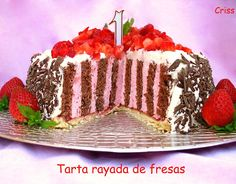 TARTA RAYADA DE FRESAS