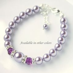 Bracelet demoiselle violet clair. Également disponible dans dautres couleurs, il suffit de sélectionner vos préférences dans le menu déroulant